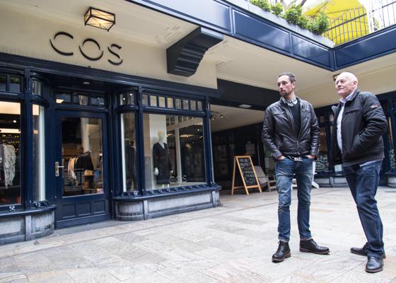 COS | indepaskamer | Haagse Shoppingroute voor mannen