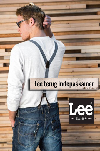 Lee is terug indepaskamer.
