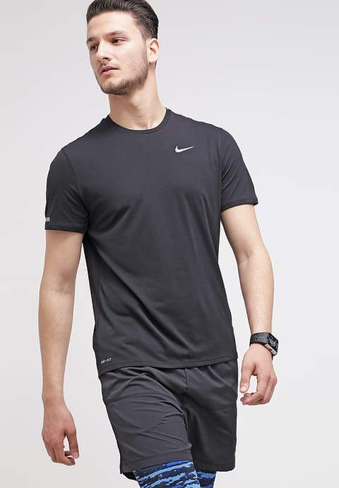 nike-performance-dri-fit-t-shirt