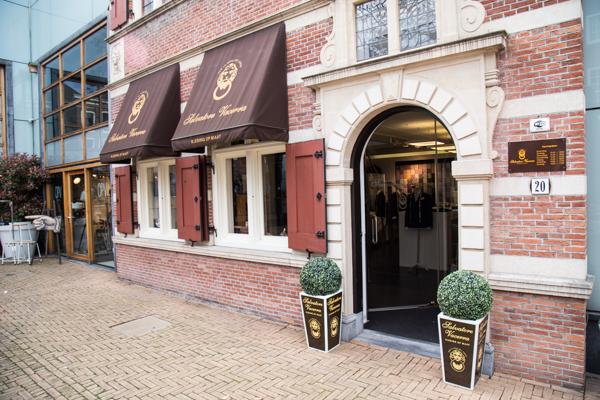 Salvatore Vacerra | indepaskamer | Haagse Shoppingroute voor mannen