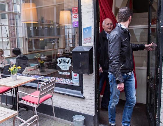 t-Achterommetje-indepaskamer-Haagse-Shoppingroute-voor-mannen II